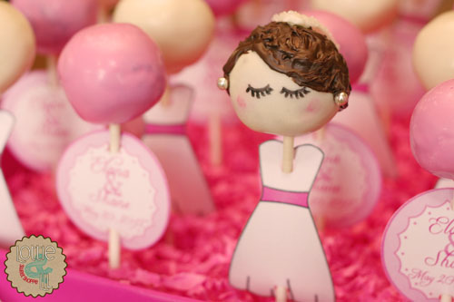 Blushing Bride Cake Pop