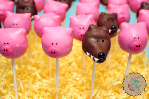 Three Little Pigs Cake Pops