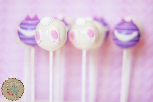 Cheshire Cat Cake Pops